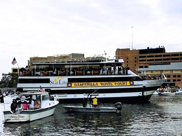 royal-court-ship
